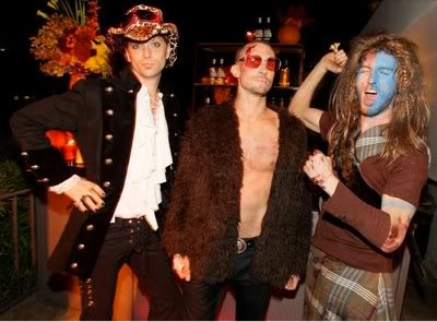 Q Did Maroon 5 Really Dress As Mystery This Halloween Ask Mystery